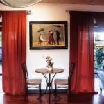 LaVida's indoor dance studio decor