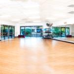 LaVida's indoor casual dance studio